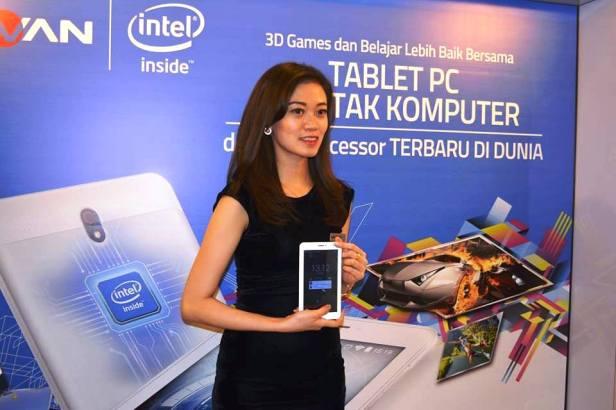 Tablet-PC-Berotak-Komputer-Intel-Atom-X3-SoFIA