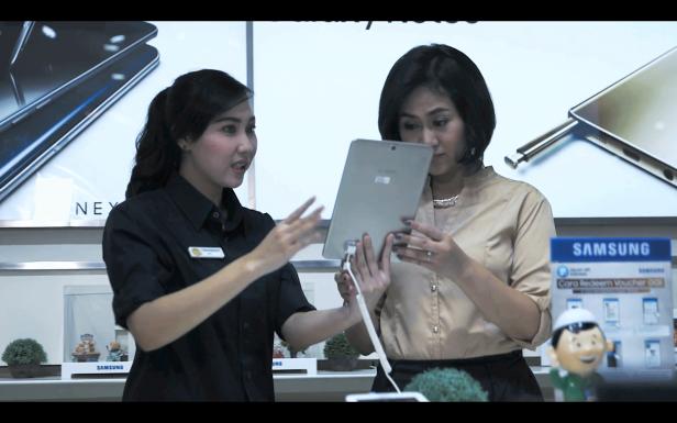 Tenaga-Ahli-Konsultasi-Samsung-Experience-Store